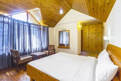 4-Bedroom fireplace cottage, by GuestHouser, Manali, Himachal Pradesh, India