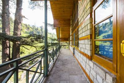 2-Bedroom riverside cottage, by GuestHouser, Manali, Himachal Pradesh, India