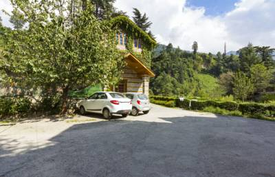 6-Bedroom Ivy Cottage, by GuestHouser, Manali hotels, Himachal Pradesh, India