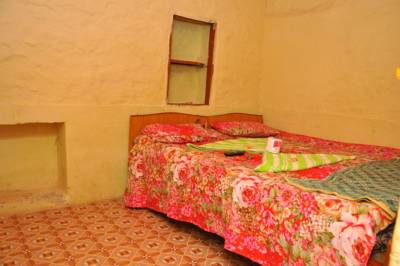 1985 Guest house, Hampi hotels, Karnataka, India